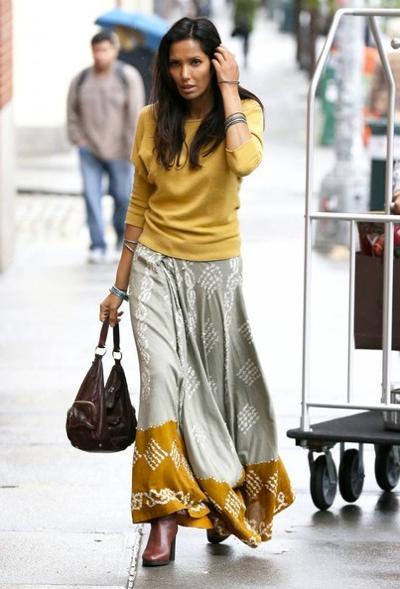 Padma+Lakshmi+Out+NYC+20141027_03.jpg