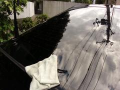 リアガラス洗車1