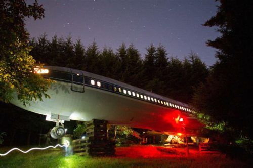 airplane-turned-house-9.jpg