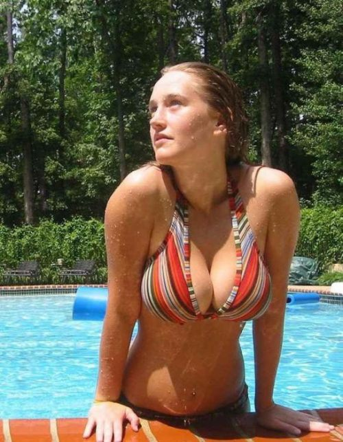 girls-with-big-boobs-19.jpg