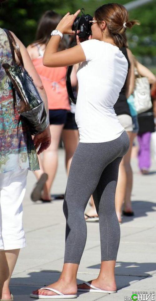 hot-girls-in-yoga-pants-31.jpg