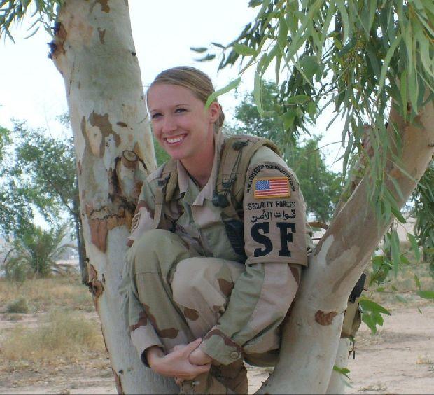 hot-girls-military-pt3-920-14.jpg