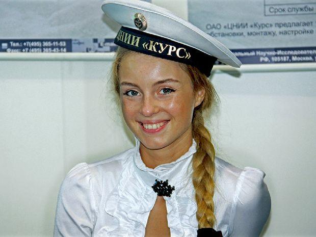 hot-girls-military-pt3-920-15.jpg