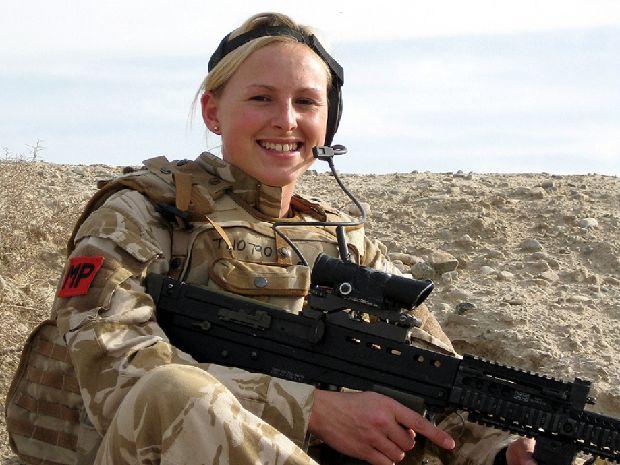 hot-girls-military-pt3-920-17.jpg