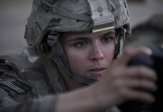 hot-girls-military-pt3-920-23.jpg