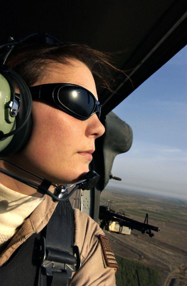 hot-girls-military-pt3-920-30.jpg