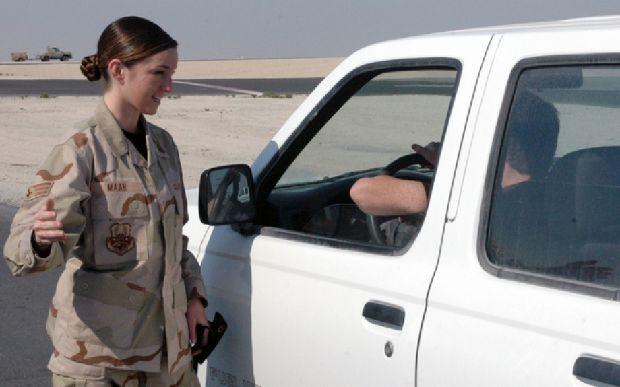 hot-girls-military-pt3-920-36.jpg