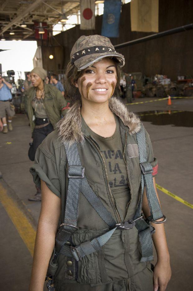 hot-girls-military-pt3-920-39.jpg