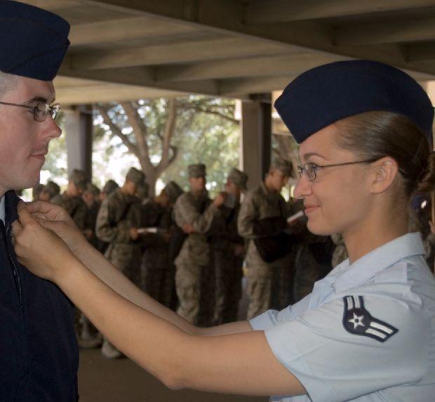 hot-girls-military-pt3-920-42.jpg