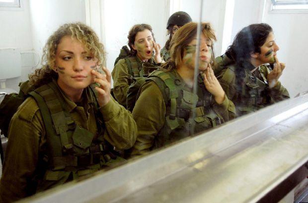 hot-girls-military-pt3-920-88.jpg