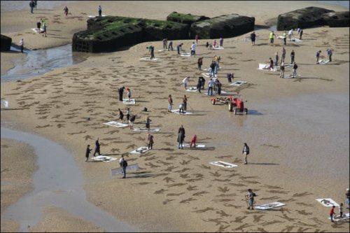 normandy-body-sand-stencils-beach-3.jpg