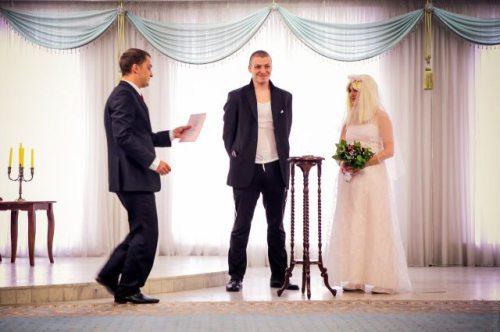 strange-russian-wedding-11.jpg