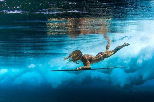 surf-girls-2.jpg