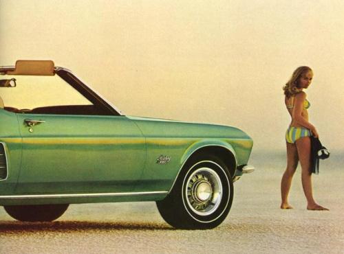 vintage-car-girls-500-1.jpg