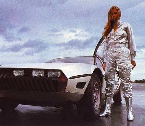 vintage-car-girls-500-104.jpg