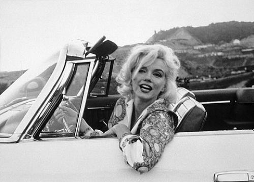 vintage-car-girls-500-108.jpg