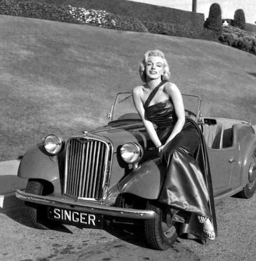 vintage-car-girls-500-109.jpg