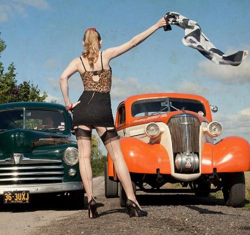 vintage-car-girls-500-41.jpg