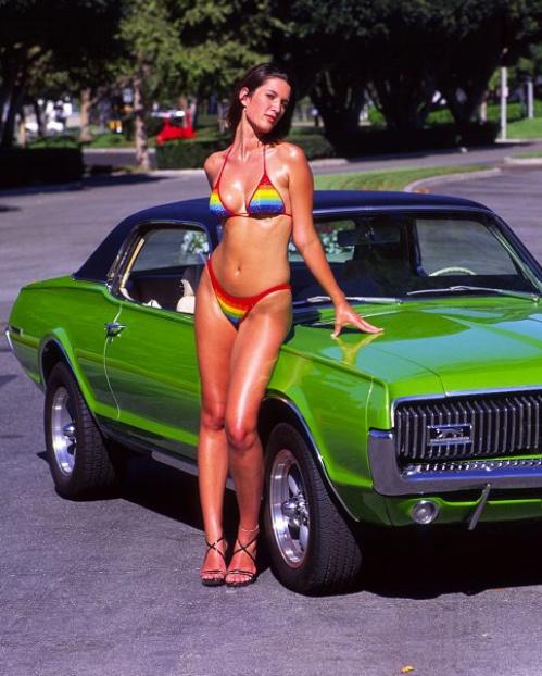 vintage-car-girls-500-45.jpg