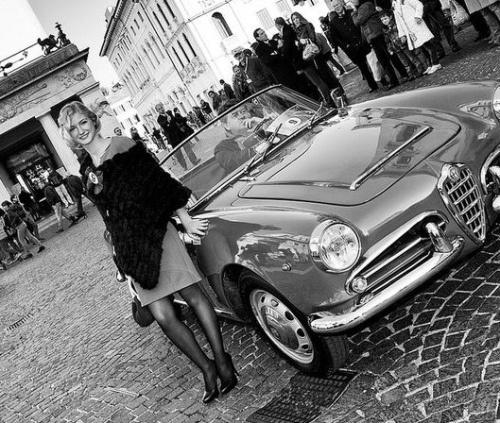 vintage-car-girls-500-46.jpg