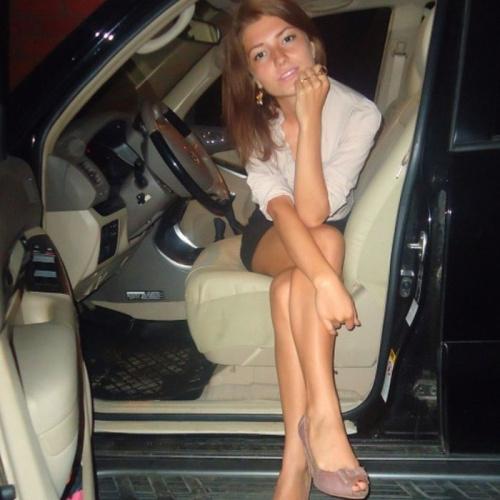 vintage-car-girls-500-5.jpg