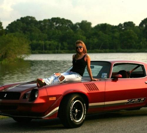 vintage-car-girls-500-51.jpg