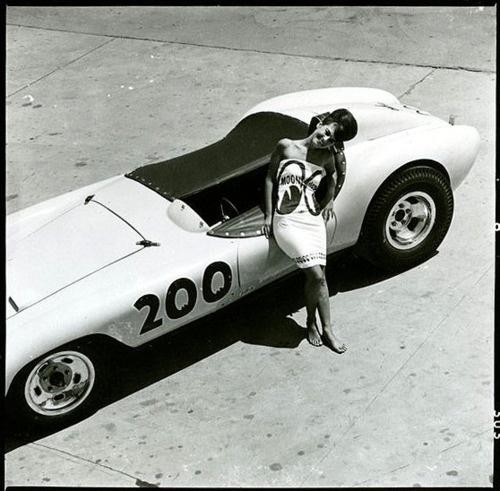 vintage-car-girls-500-59.jpg