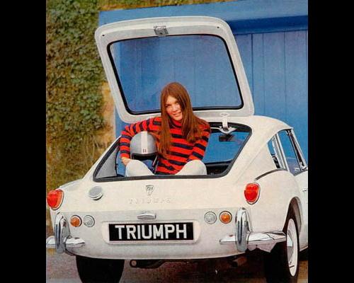 vintage-car-girls-500-75.jpg
