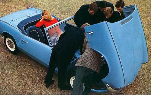 vintage-car-girls-500-82.jpg