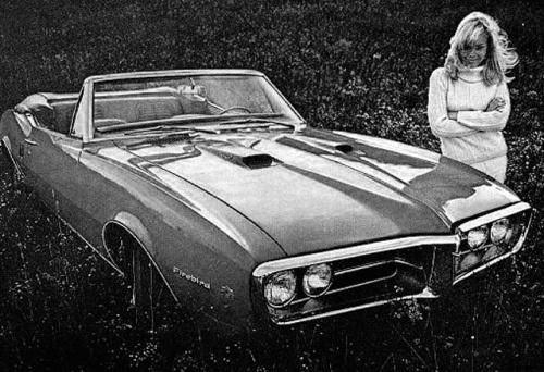 vintage-car-girls-500-91.jpg