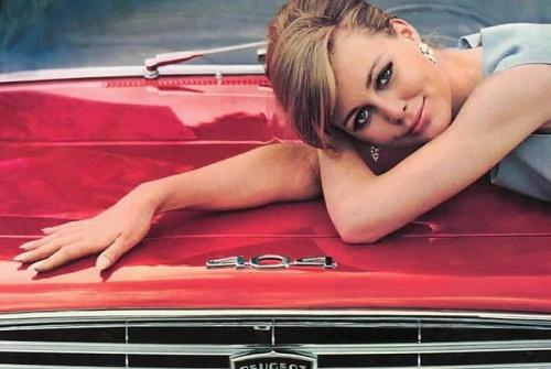 vintage-car-girls-500-94.jpg