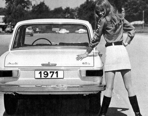 vintage-car-girls-500-97.jpg
