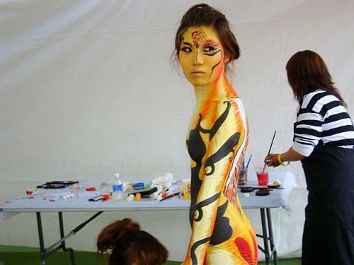 world-bodypainting-festival-2012-03.jpg