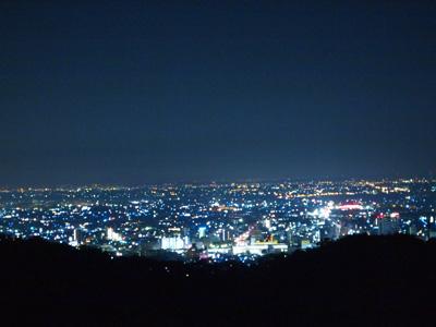 夜明け前の太田市内
