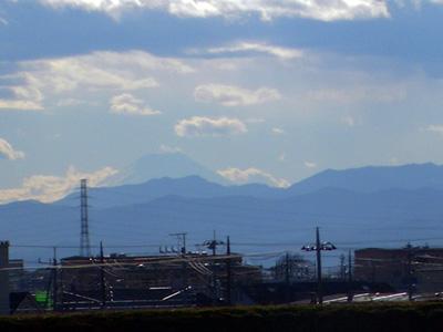 富士山も寒そう