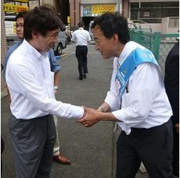 島村大さんと二俣川駅前で