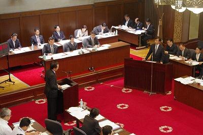 20131008予算委員会02