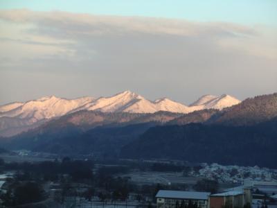 山には雪!