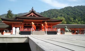厳島神社 催し物