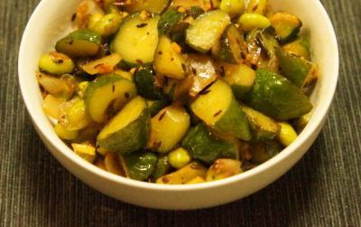 胡瓜と枝豆のグリーンサブジUP