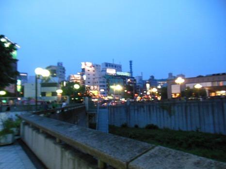 四谷の夕暮れ