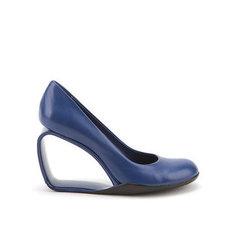 気になる靴 2