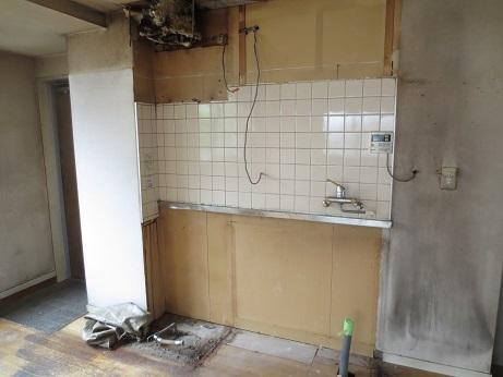 NB4Fリビング、キッチン撤去