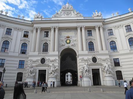 ウィーン王宮正面