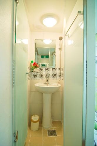 部屋内バスルーム