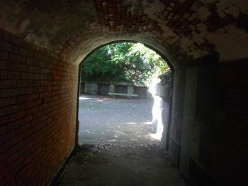 なんだこのトンネルはぁ!