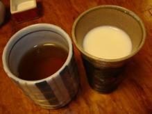 お茶、豆乳