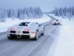 吹雪の中を疾駆する愛車