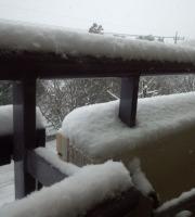 ★200IMG_20140208_(てすり 雪)