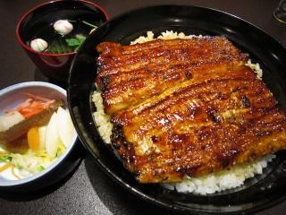 Happy Days 「鰻丼」魚庄別館さ...